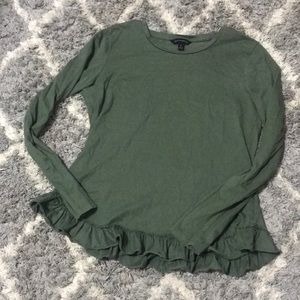 Ruffle long Sleeve top size small